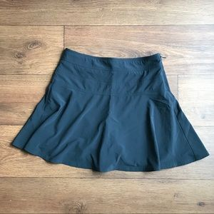 Athleta Black Womens Skort Skirt with Shorts 6 EUC